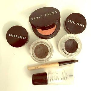 Bobbi brown makeup set. Excellent condition